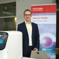 07 ThermoFisher-Stand Promo (Large)